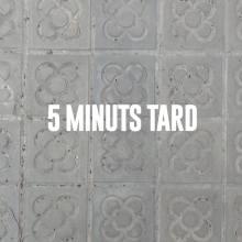 Logo de 5 Minuts Tard